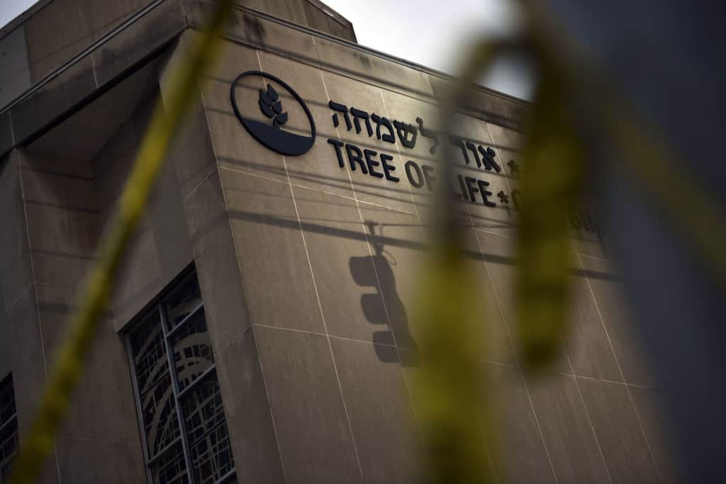 Federal Prosecutors to Seek the Death Penalty for Synagogue Shooter
