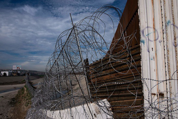 """Report: Lawmakers Nearing Border Security Deal, """"Fencing"""" Possible, No Mention of """"Wall"""""""