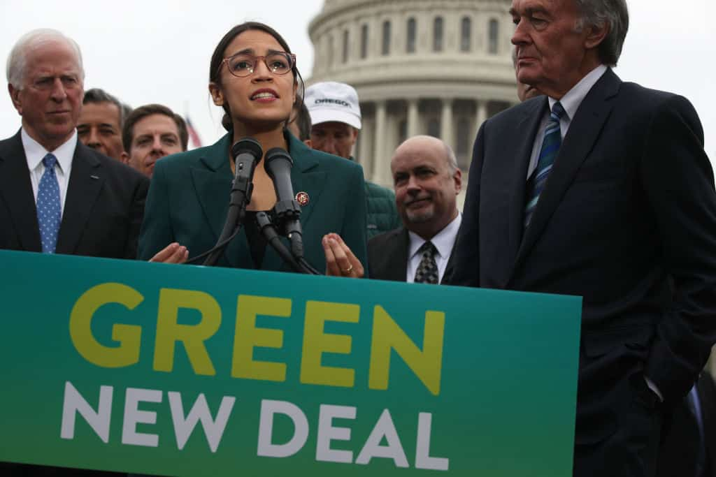 0% of Economists Agree with AOC's Idea to Fund Green New Deal