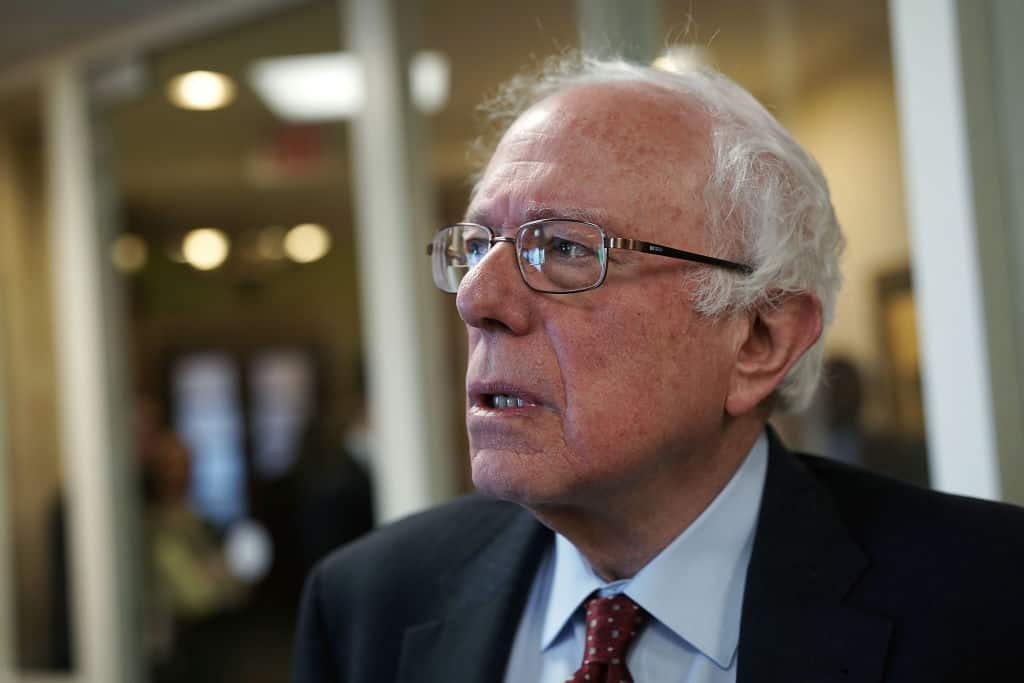 Report: Bernie Sanders Demanded Private Jet Use During 2016 Clinton Campaign