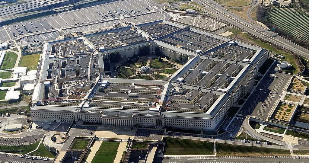 BREAKING: Pentagon Awards Microsoft With $10B 'War Cloud' Deal Over Amazon