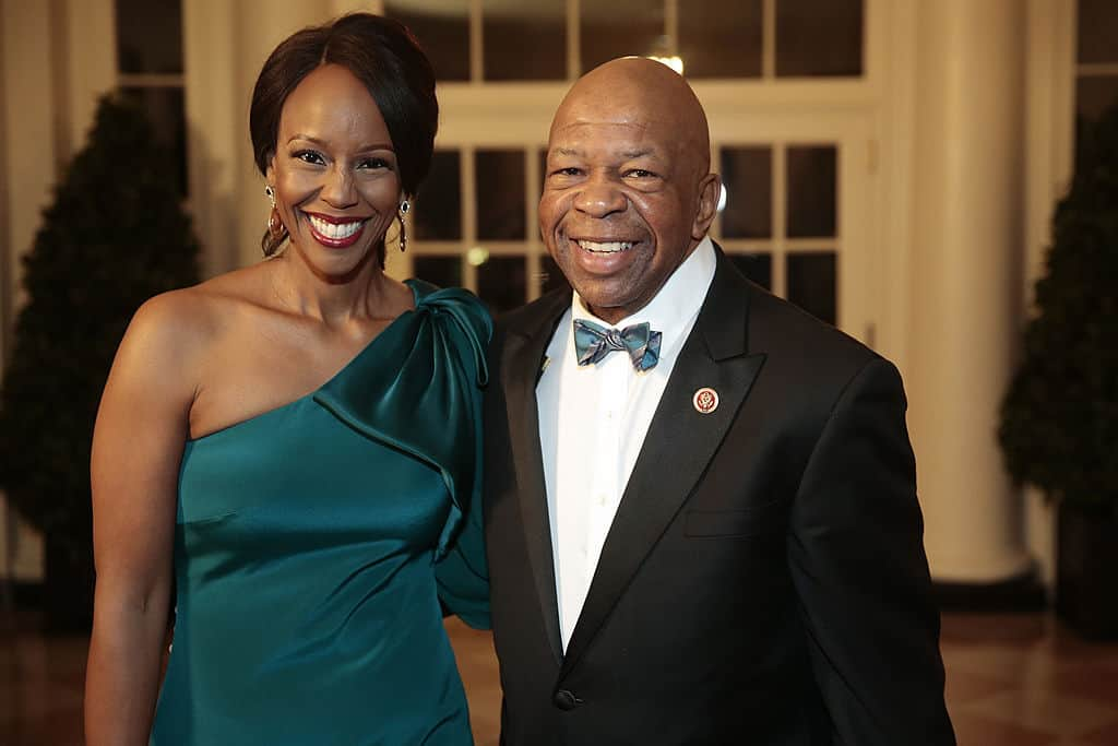 Report: Docs Show Cummings's Wife Used Charity to Enrich Her LLC