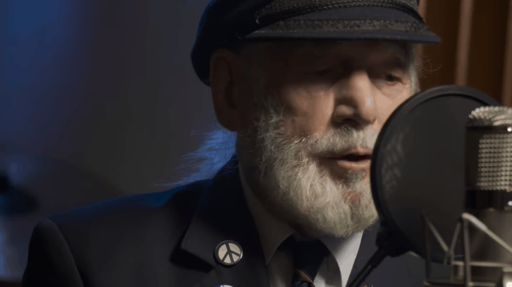 90-Year-Old D-Day Vet's Song Outselling Ed Sheeran, Taylor Swift
