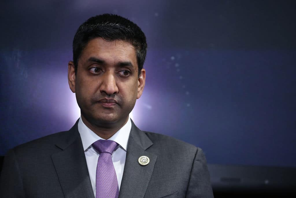 """Democrat Rep. Ro Khanna: """"We Don't Want"""" Small Businesses That Can't Pay $15 Minimum Wage"""