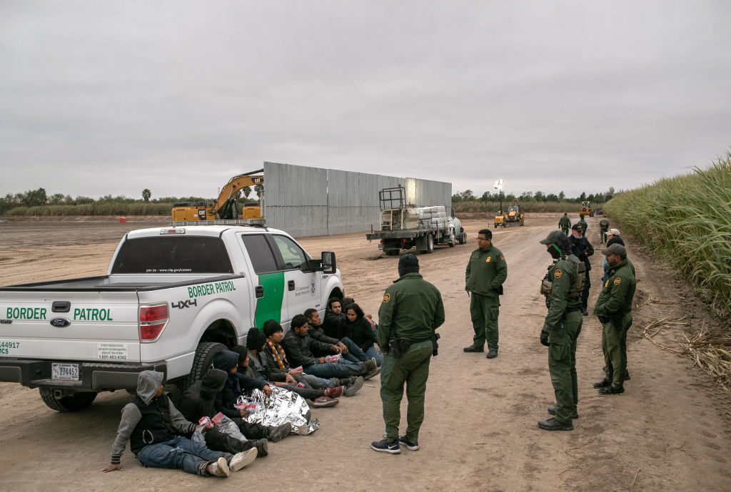 Border Officials Encounter 172k Illegals in March – 71% Increase From February